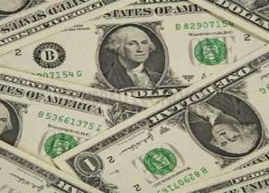 US dollar above Rs 100, imported products to be more expensive