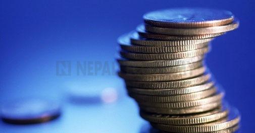 Banks' profits surge on higher interest earnings
