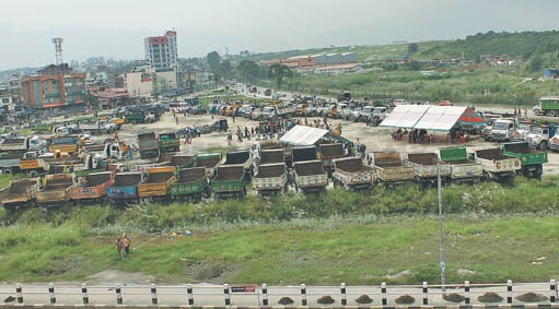 Tipper operators protest government ban on crushers