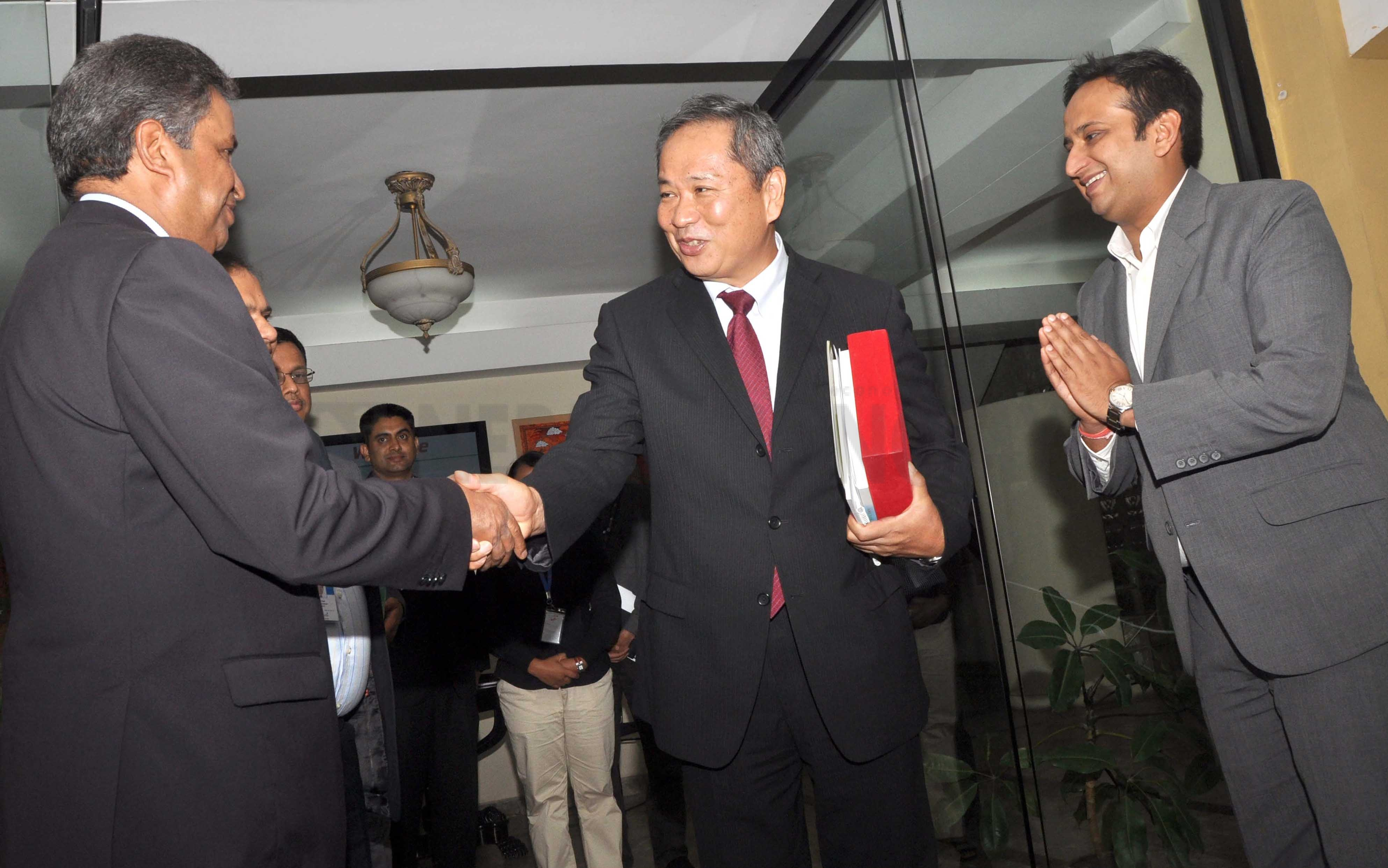 Chaudhary invites Japanese to invest in Nepal